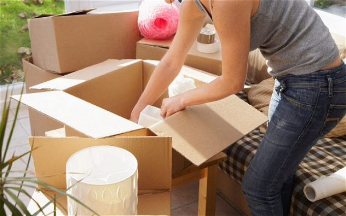 Moving house save money declutter