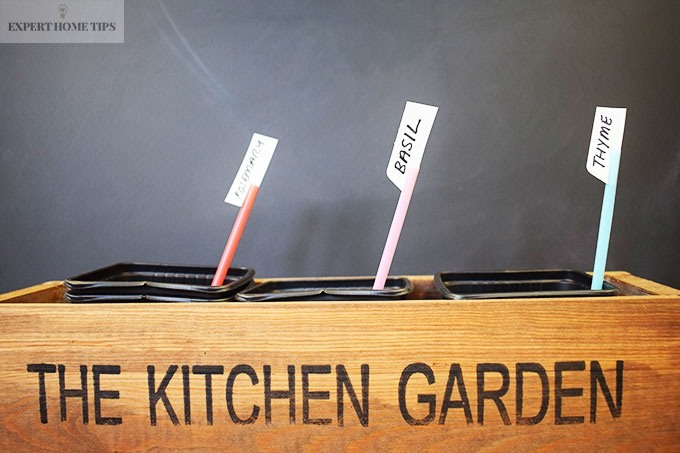 Straws as herb labels