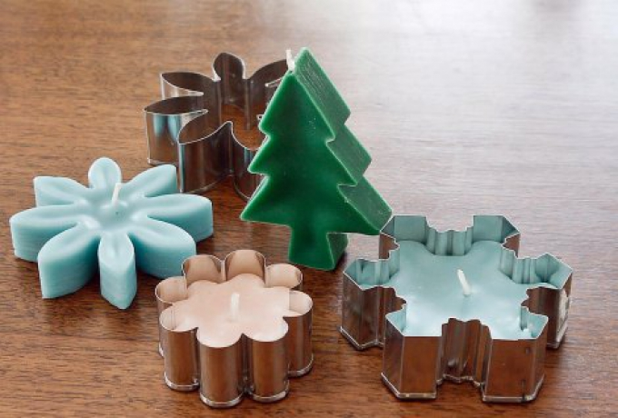 Christmas DIY Gifts Cookie Cutter Candles