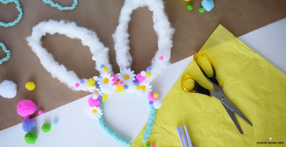 How to make an adorable DIY bunny headband in time for Easter