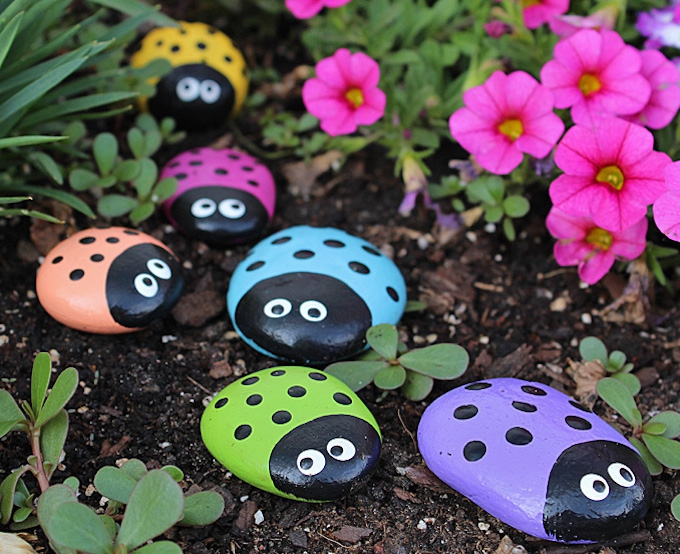 diy garden decor painted rocks