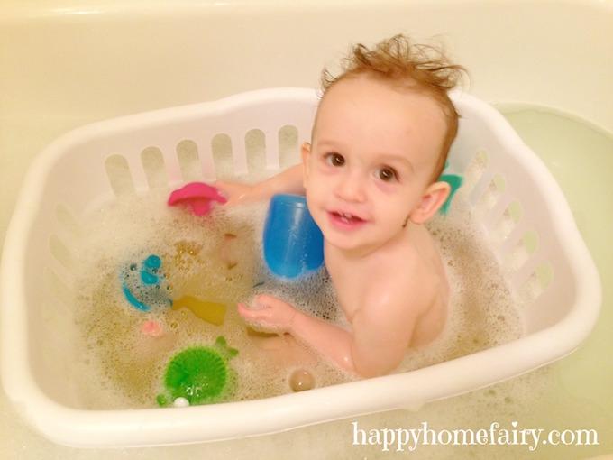 bath parent hack using laundry basket