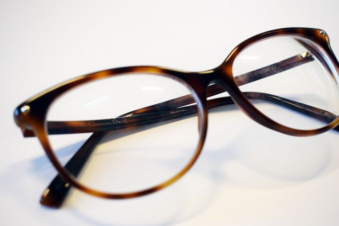 glasses uses for nail polish