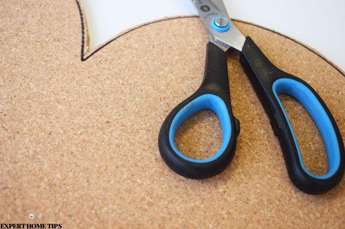 Cutting cork notice board