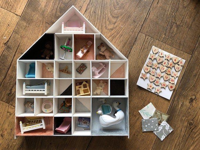 doll house advent