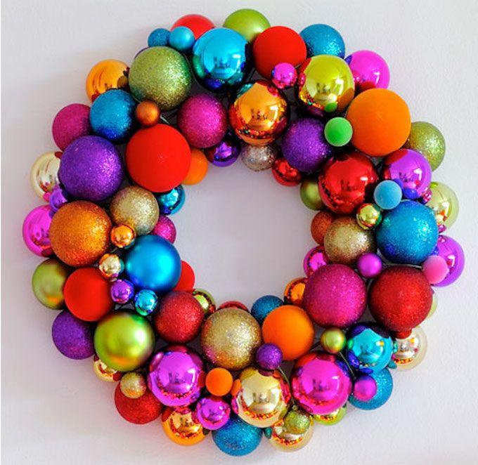 Bauble wreath