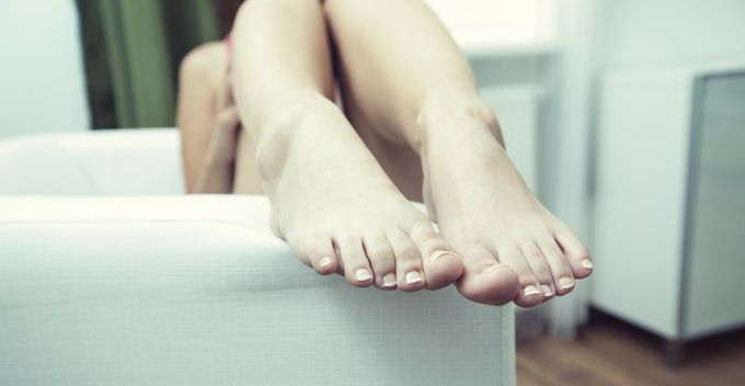 bare feet women