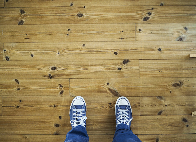 acetone uses floor stains