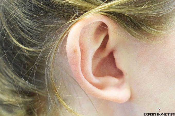 ear girls